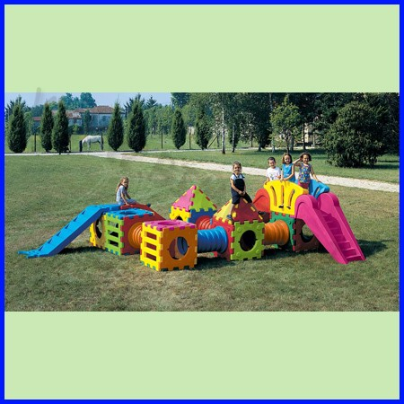 Cubic toy composizione m