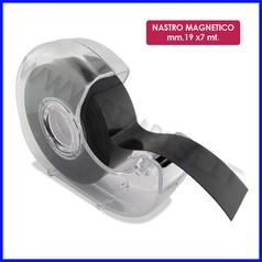 Nastro adesivo magnetico mm.19x7 mt. - con dispenser