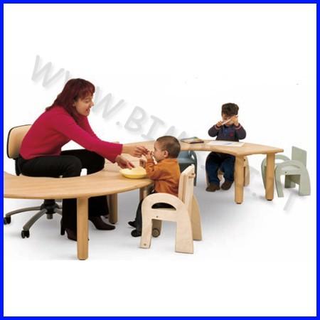 Tavolo semicircolare media/adulti 160x80x71