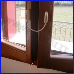 Limitatore apertura porte/finestre con chiave di sicurezza