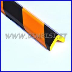 Paraspigolo in poliuretano a righe giallo/nere barra h100 spigoli 88°