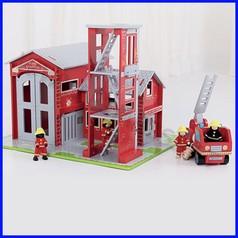 Caserma dei pompieri completa di accessori fino ad esaurimento