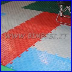 Piastrella autobloccante cm 80x60 sp. 1 rossa