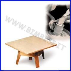 Trespolo da tavolo per scultura