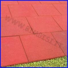 Pavimentazione antitrauma mm 500x500x45 color rosso mattone assorb.caduta h150cm